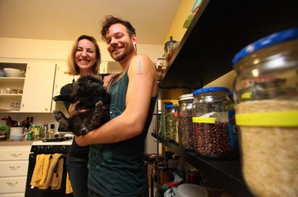 Домашние запасы Джефри и Джули