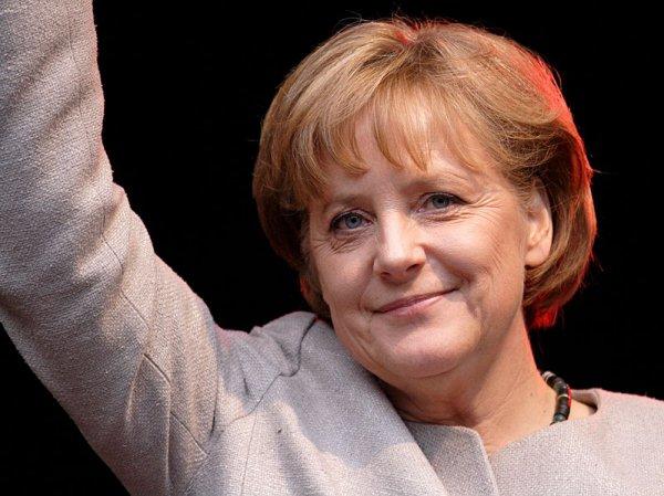Меркель возглавила рейтинг второй раз подряд