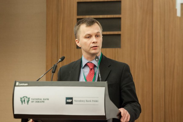 Тимофей Милованов прокомментировал самые популярные слухи о ПриватБанке