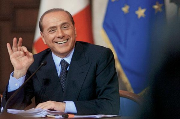 Сильвио Берлускони четыре раза был премьер-министром Италии