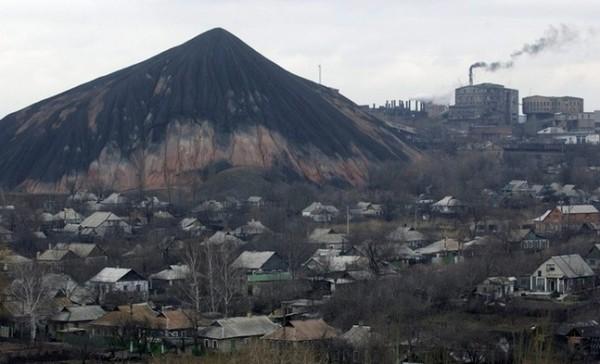 Даже поставка угля с оккупированных территорий не решает проблему его дефицита