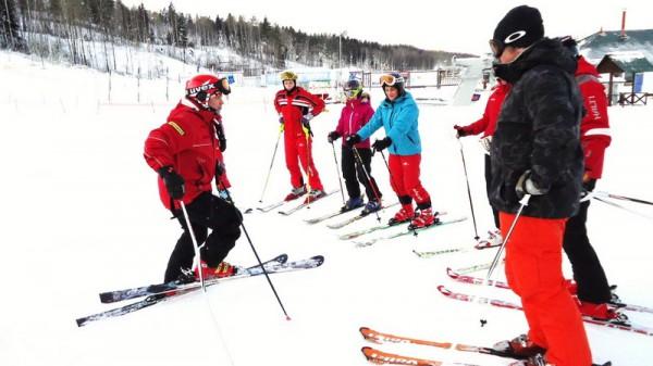 Трудоустройство для лыжного инструктора будет проходить в несколько этапов