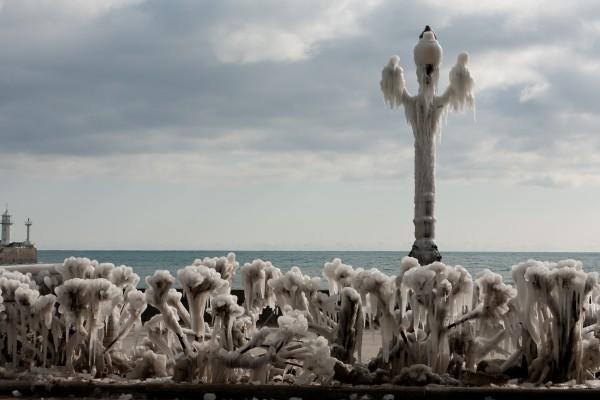 Ялтинсккая набережная зимой