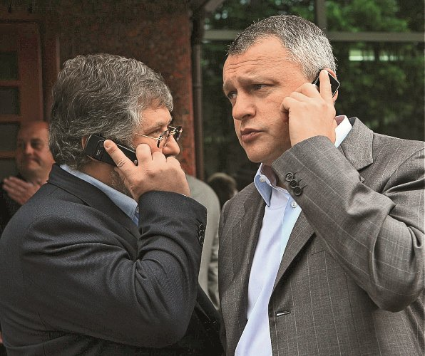 Друг и партнер Коломойского Игорь Суркис (справа)м