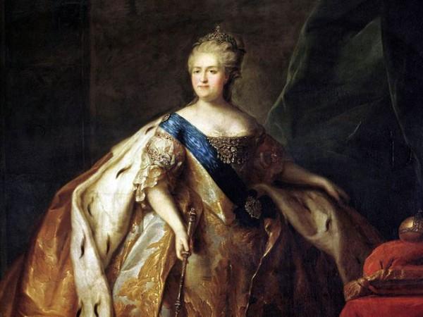 Екатерининская эпоха ознаменовалась максимальным закрепощением крестьян и всесторонним расширением привилегий дворянства