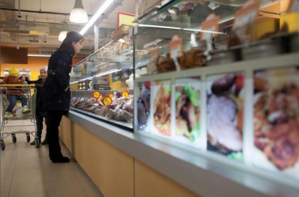 Продавцы в Киеве жалуются на отсутствие традиционного ажиотажа в канун Нового года