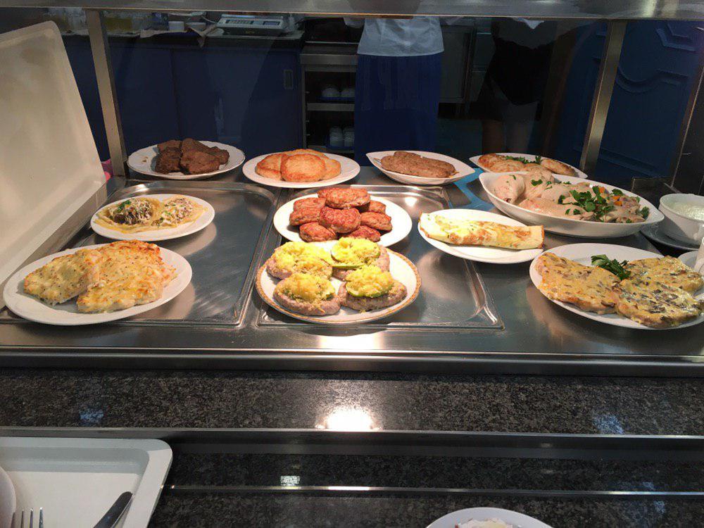 Ассортимент блюд в столовой Верховной Рады