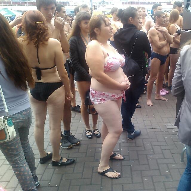 Фото групповое голых девочек на пляже