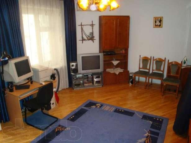 Новый год во Львове в этой 1-комнатной квартиры на площади Рынок ободейтся в 150 долл. в сутки