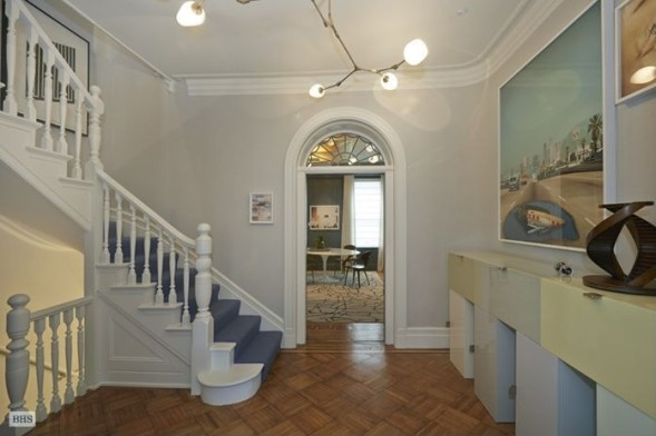 Этот таунхаус в Нью-Йорке - мечта любого поклонника творчества Уорхола