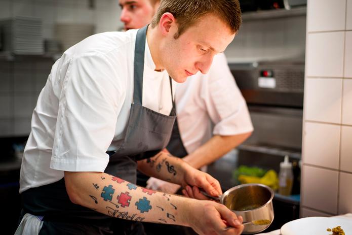 Самый дорогой в мире рождественский ужин приготовит известный британский шеф-повар Бен Сполдинг