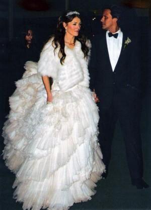 Британская актриса вышла замуж за индийского миллиардера в 2007 году