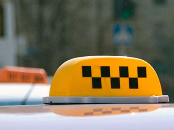 Тарифы в самых дешевых службах такси Киева в два раза ниже, чем в самых дорогих