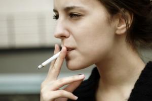 Курильщики нашли способ не платить за еду и выпивку в ресторанах