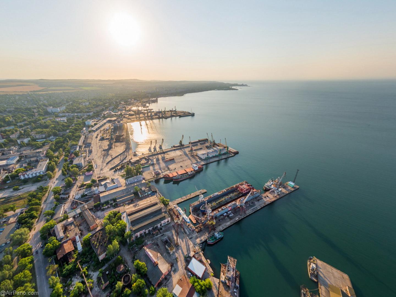 Украина хочет получить с России более 3 млрд рублей за крымские порты