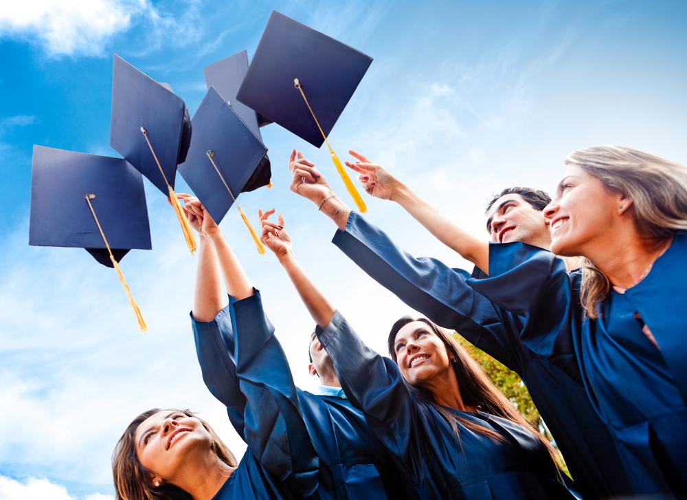 Не трудоустроившихся студентов-бюджетников грозят оставить без дипломов
