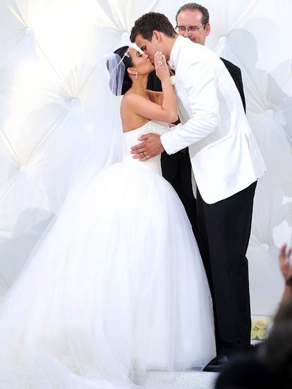 Ким Кардашян потратила на свадьбу 10 миллионов долларов, но в браке пробыла чуть более трех месяцев