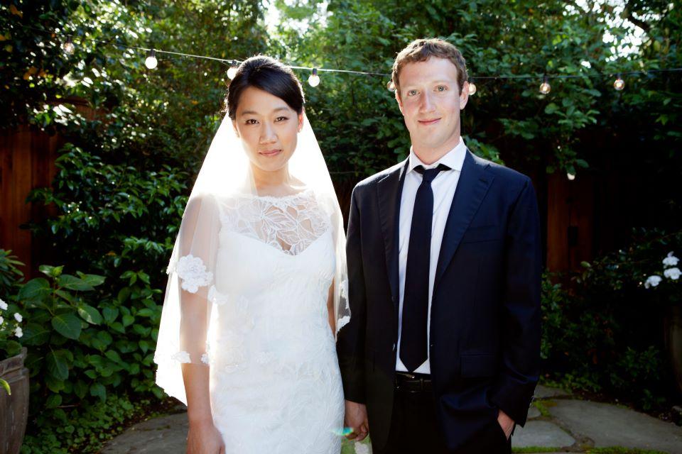 Марк Цукерберг с женой Присциллой Чан