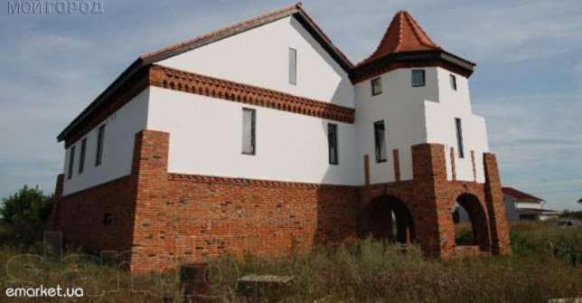 Замок в Подгорном