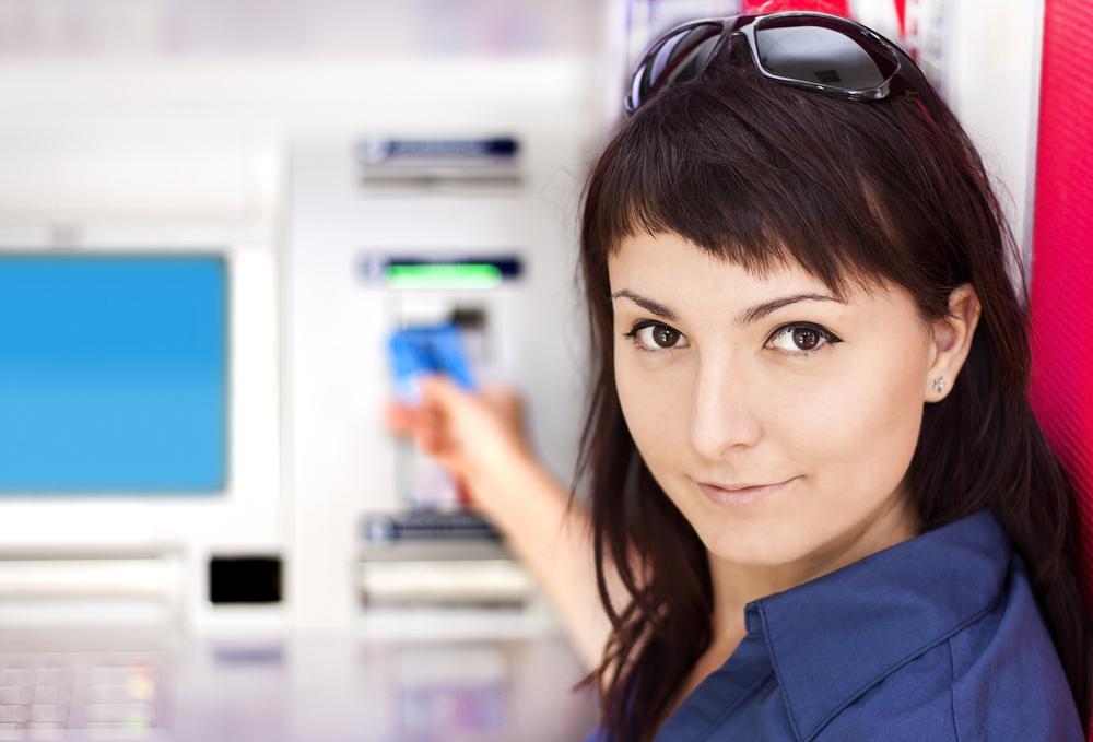 Технически неисправный банкомат в Шотландии выдавал больше денег, чем запрашивали