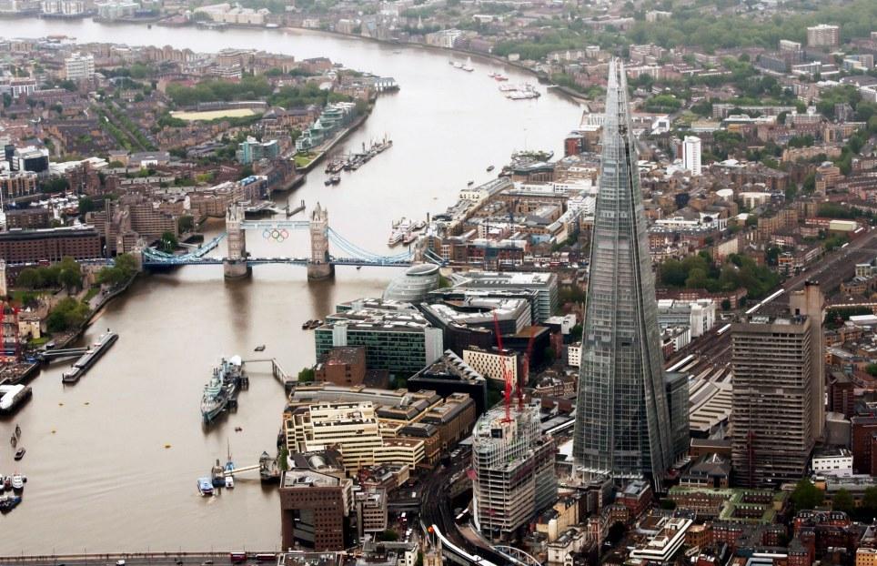 В небоскребе Shard расположились офисы, 5-звездочная гостиница и множество ресторанов