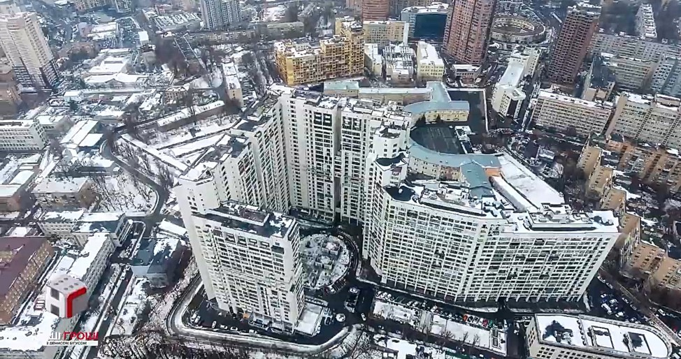 Александр Касминин добился приватизации квартиры через выведение апартаментов из числа служебных