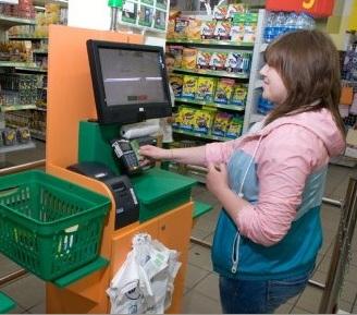 Несколько касс самообслуживания появились в супермаркете Велика Кишеня на Выдубичах