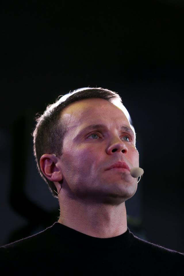 Юрий Деревянко, 404,5 млн грн