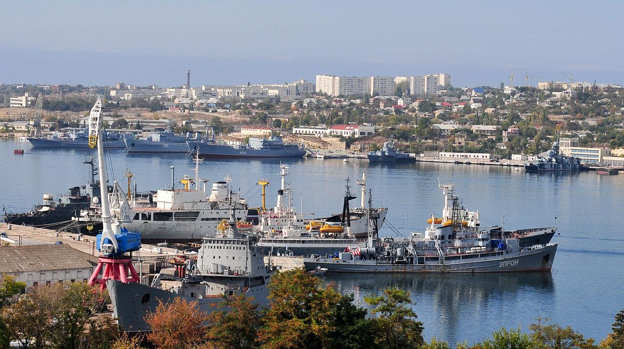 Картинки по запросу морской завод севастополь