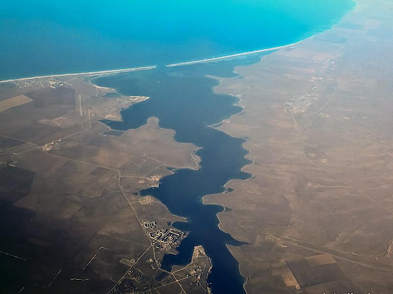 Озеро Донузлав - одно из предполагаемых мест строительства китайского порта