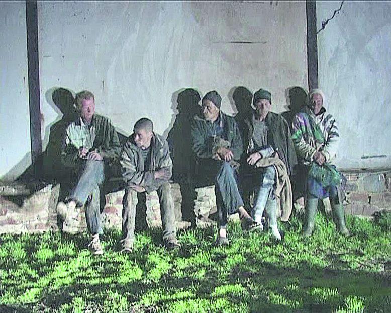 За забором: рабы фермера из Луганской области