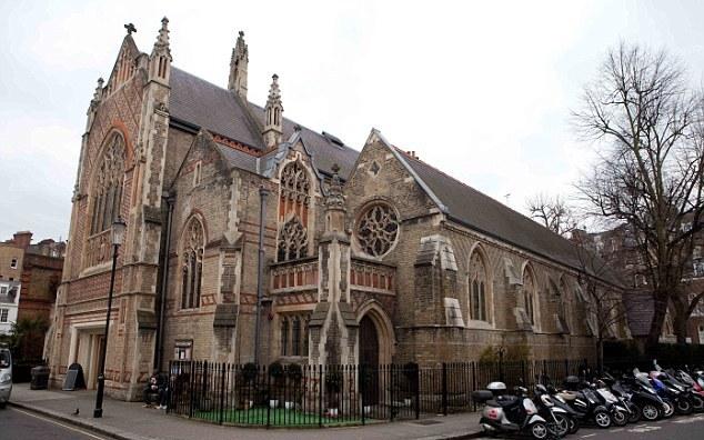 Эту церковь в центре Лондона построили в 1837 году