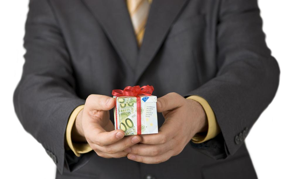 Кредит, доставшийся в наследство, нужно погасить в пределах полученного по наследству имущества