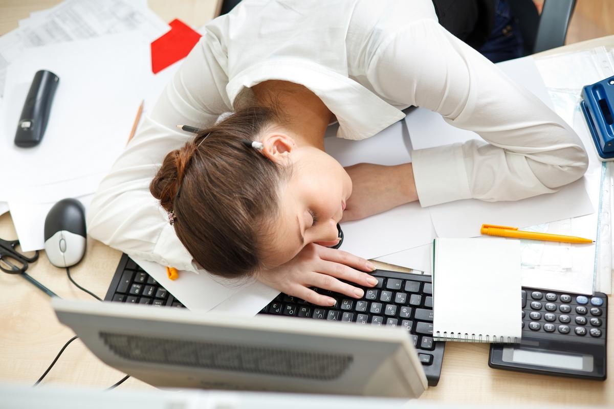 Женщинам труднее включится в работу после отпуска