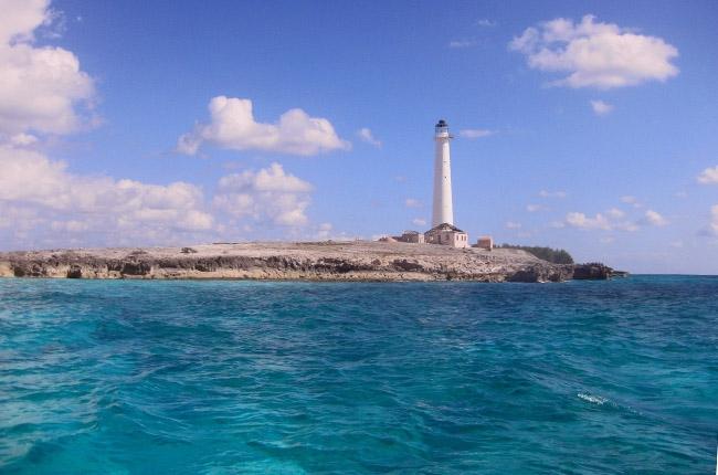 Маяк на острове Грейт Айзек Кей