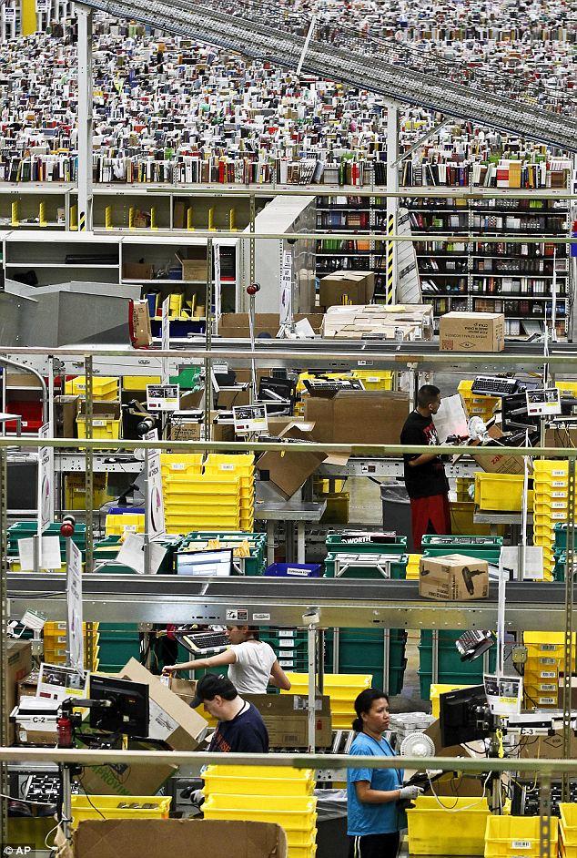 26 ноября, в Киберпонедельник, работники онлайн-магазинов трудились без передышки