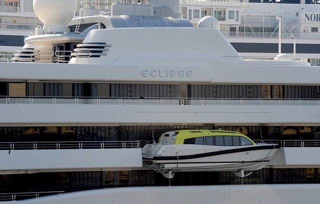 Eclipse считается самой дорогой и большой яхтой в мире.