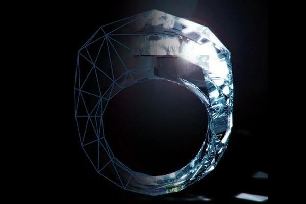 Вес кольца составляет 150 карат