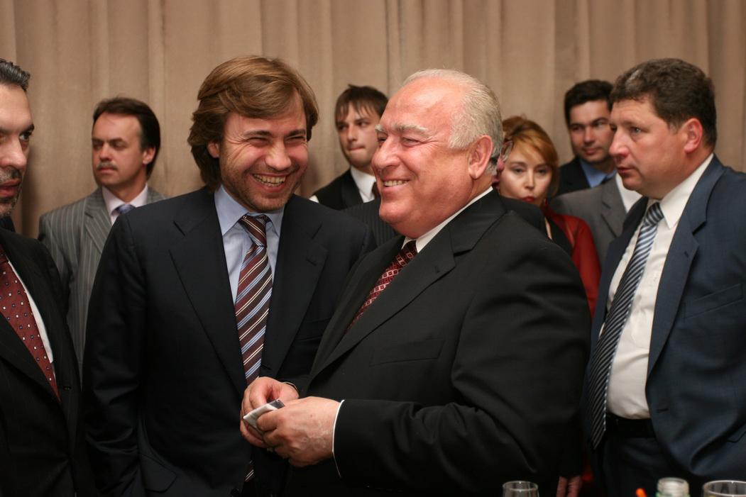 Черномырдин называл Новинского своим сыном