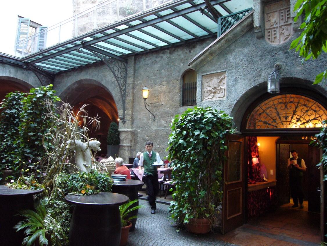 Ресторан St. Peter Stiftskeller