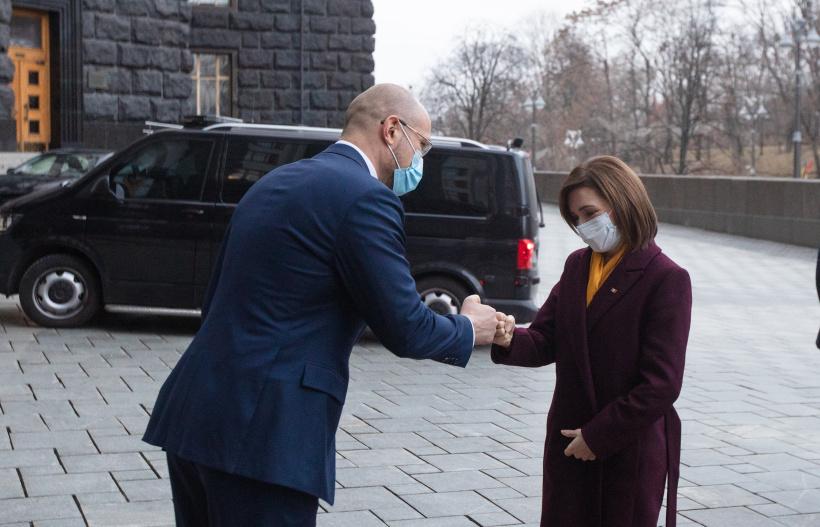 Шмыгаль в Киеве пообщался с президентом Молдовы Санду: О чем шла речь