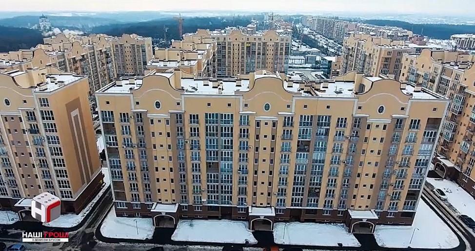 Эдуард Соловьев приватизировал служебную квартиру в ЖК Хрустальные источники