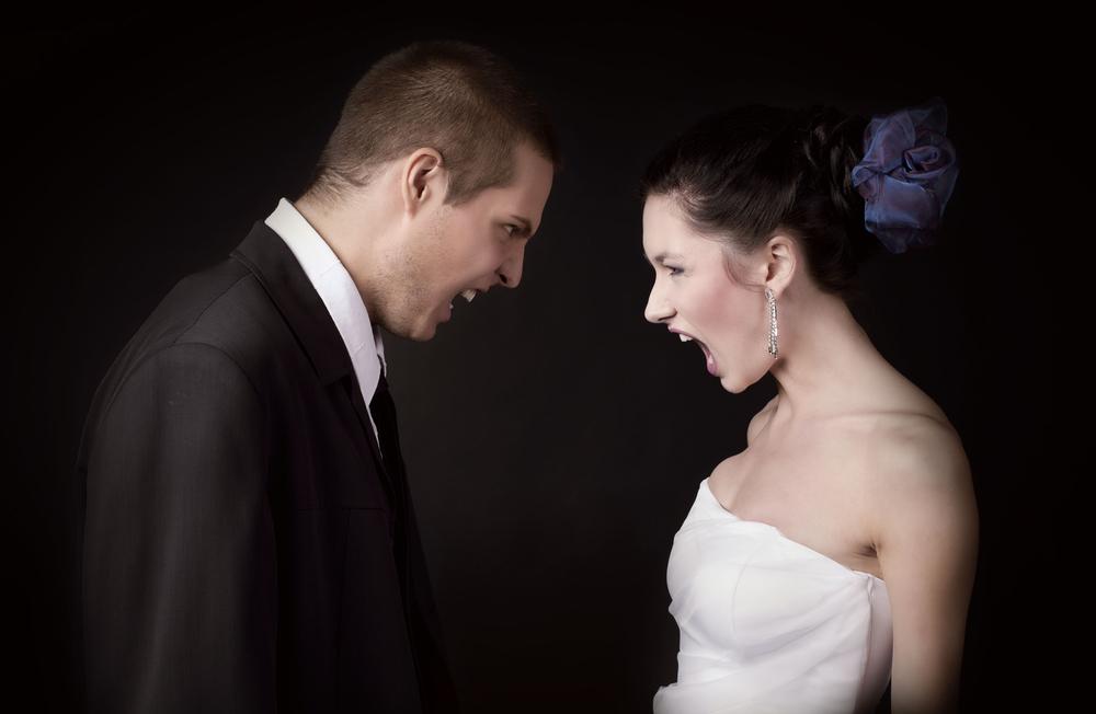 Раздел имущества при разводе можно провести даже тогда, когда супруг все продал и растратил