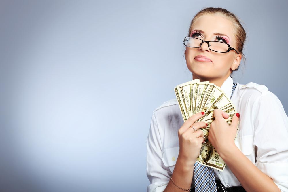 Пользуясь должностью, молодая банкирша украла 1,7 млн. гривен