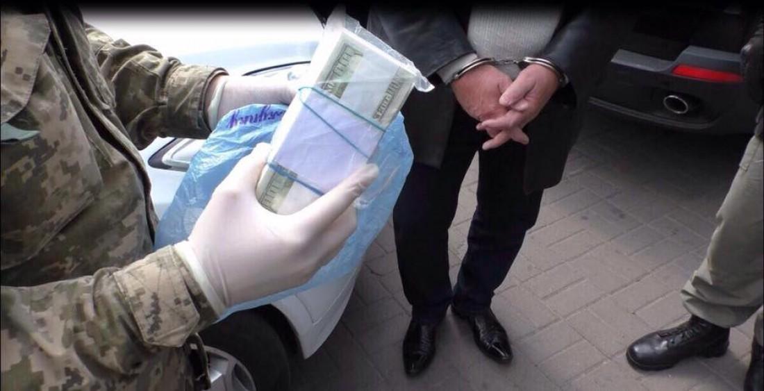 ВКиеве задержали вымогателей, требовавших «для Луценко» почти $1,5 миллиона