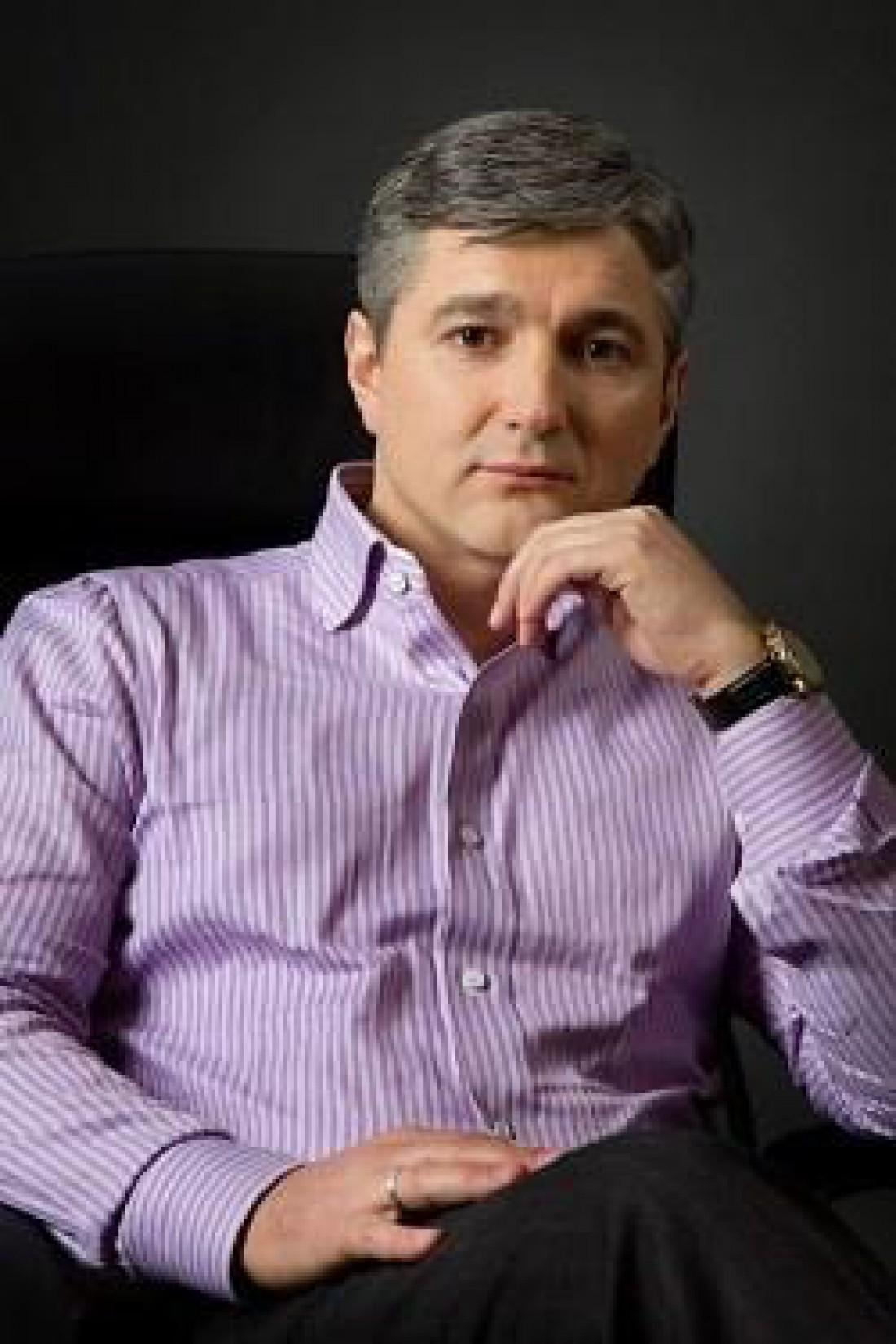 СМИ сообщают, что в авто находился криминальный авторитет Александр Лищенко