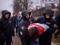 Акции ко Дню Воли в Минске: ОМОН массово задерживает людей