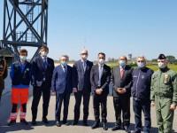 В Италии украинских медиков благодарили песнями