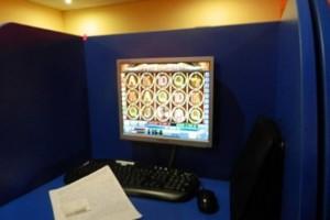 Правоохранители остановили работу подпольного игрового заведения в центре Киева