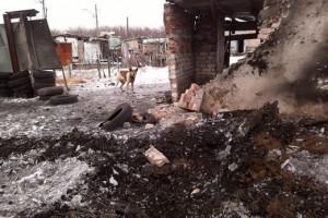 Зафиксировано попадание боеприпасов в хозяйственные постройки и приусадебные участки мирных жителей